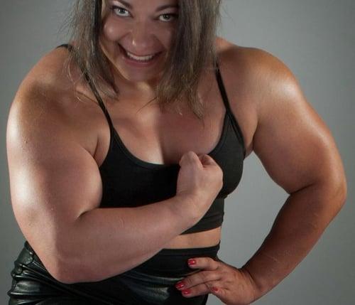 Heavy busty ebony milf gives handjob