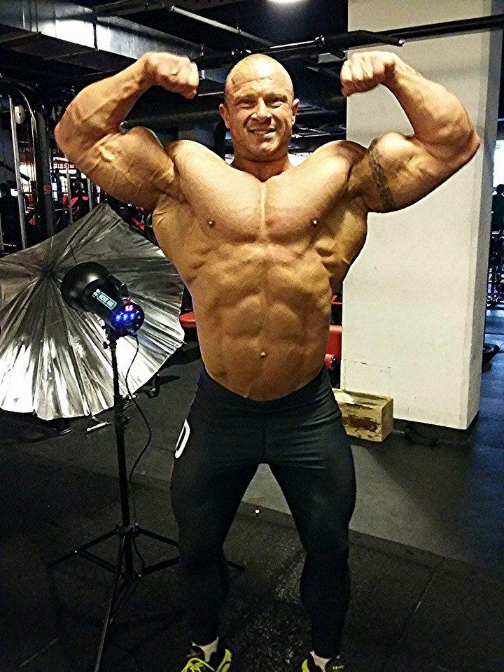 Piotr Piechowiak