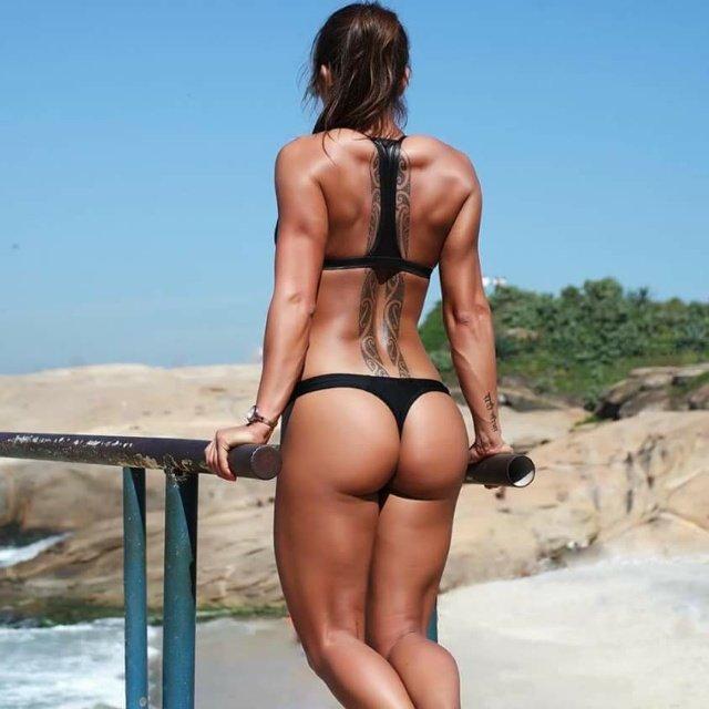 Женщины с фигурой груша голые фото 6804 фотография